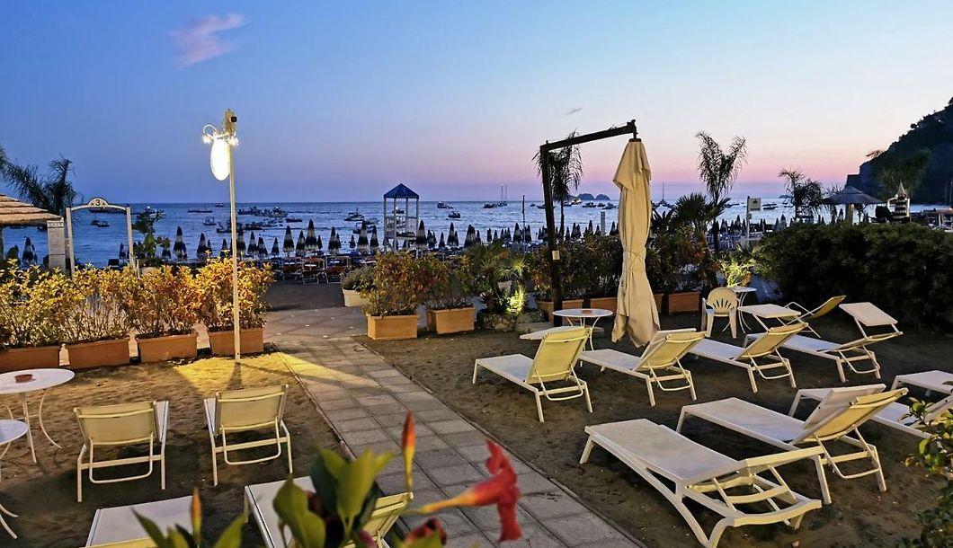 La Caravella Positano Aparthotel Accommodation With Sea View